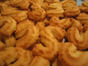 Portugese Spikes of Corn Cookies (Espigas De Milho) from Food.com: This is my favorite portuguese cookie. I enjoy the tender crunch and corn flavour of the cookie, and it stays fresh for a long time.