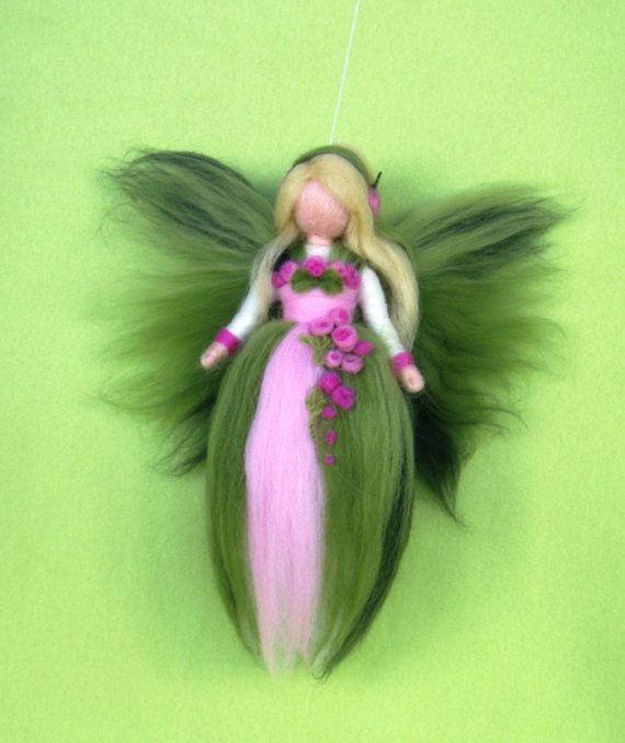 Items similar to Aguja de fieltro lana Ángel, Ángel de la guarda, muñeca de hadas inspirado de Waldorf on Etsy