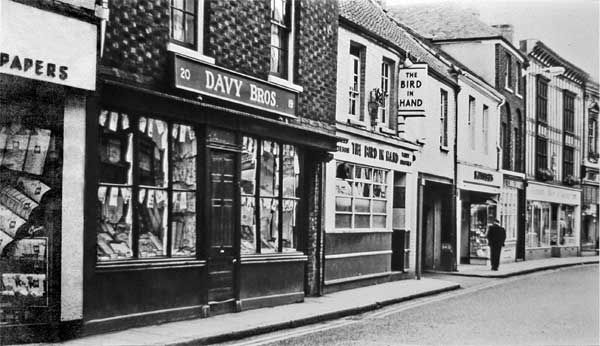pubs,in kings lynn black and white - Google Search