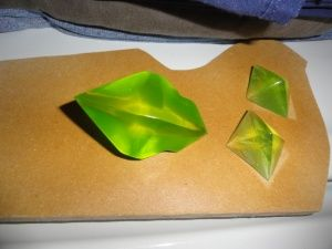 How to: make gems out of clear resin!