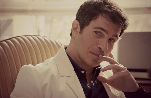 Chris Messina, why the hell I am seeing you in everything? Please, stop being handsome!