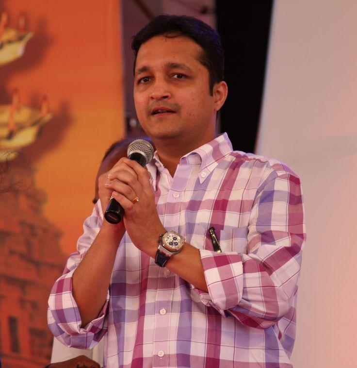 http://tvnews4u.com/article/602/1/easwaran-takes-over-as-business-head-of-zee-tamizh#.UdFtmTszOx1