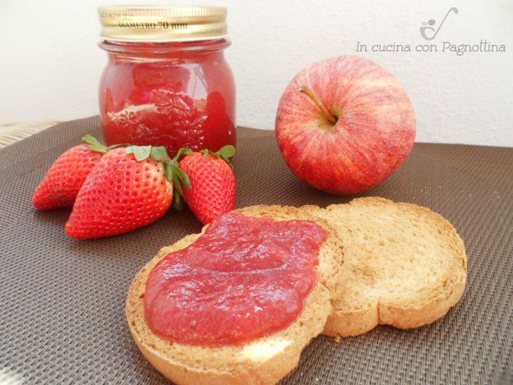 Marmellata fragole, mele e menta.