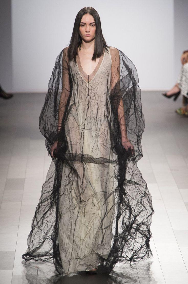 KentaroKameyama, winner of Project Runway Season 16. This dress reminded me of the manifestation of a nightmare... so cool!