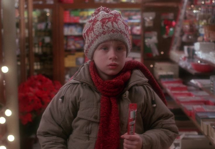 Halloweeen Costume Idea: Kevin McCallister From Home Alone; Easy costume!