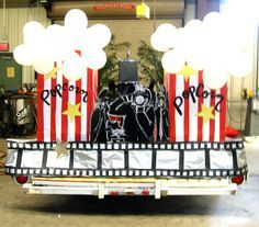 Hollywood themed float