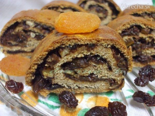Špaldovo-medové rolády s ovocím - Recept