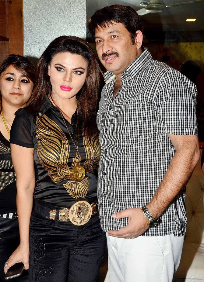 Rakhi Sawant and Manoj Tiwari at Ravi Kishan's birthday bash. #Bollywood #Bhojpuri #Fashion #Style #Handsome