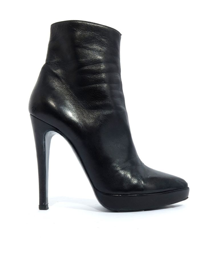 Pierre Hardy Pointed Leather Booties in black www.sabrinascloset.com