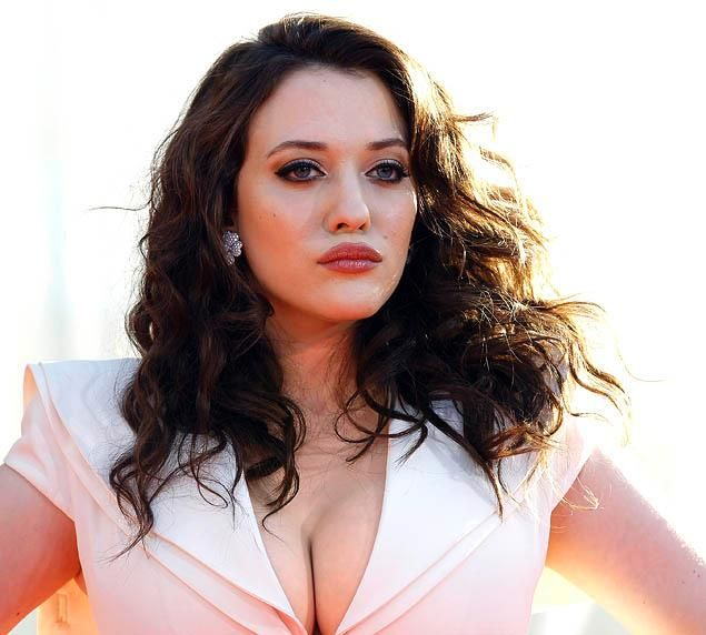 two broke girls cast members | Broke Girls' star Kat Dennings continues to push the envelope on ...