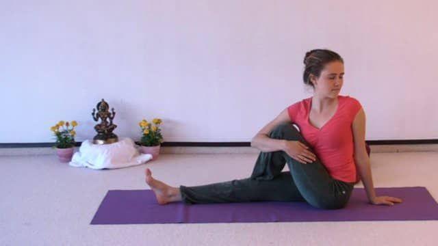 Yogastunde fuer vollstaendige Anfaenger 56 Minuten auf Vimeo