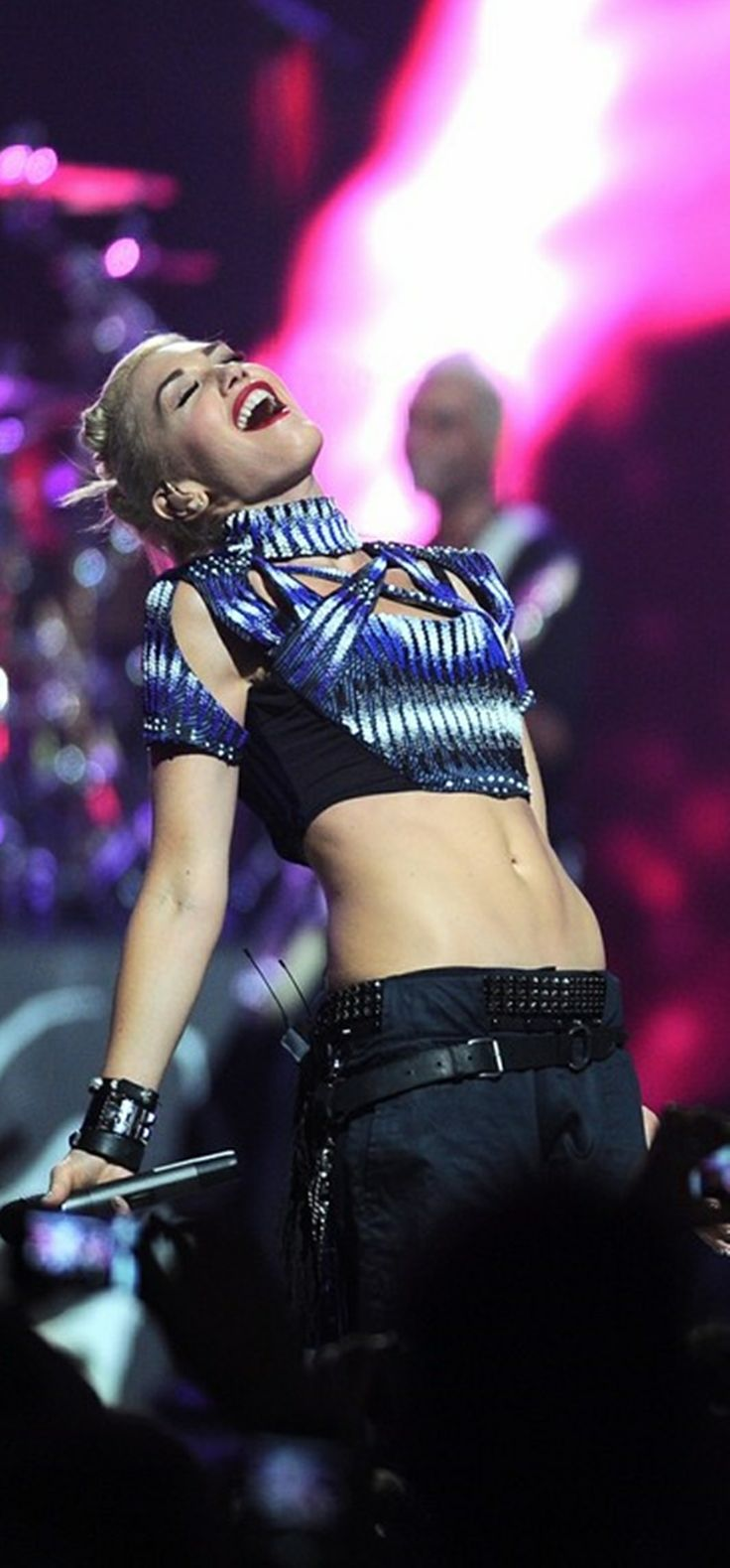 The 25+ best Gwen stefani bikini ideas on Pinterest | Gwen ... гвен стефани песни
