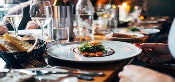 Restaurantes en Sierra Nevada - Apartamentos 3000  Nieve, pistas de esquí, deportes...Sierra Nevada es todo esto y mucho más. Descubre estos #restaurantes en #SierraNevada y no te quedes con hambre.