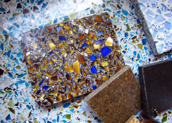 Love recycled glass countertops. Just wish it weren't so far to shop in. Sustainable Kitchen Décor: Recycled Countertops and Tiles, Natural Fiber Rugs