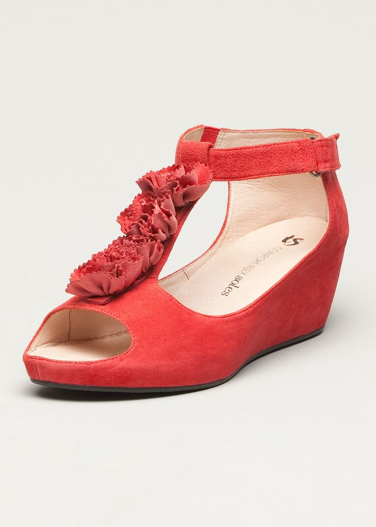 #TS14+ Bouquet Wedge #plussize #curvy #footwear #red