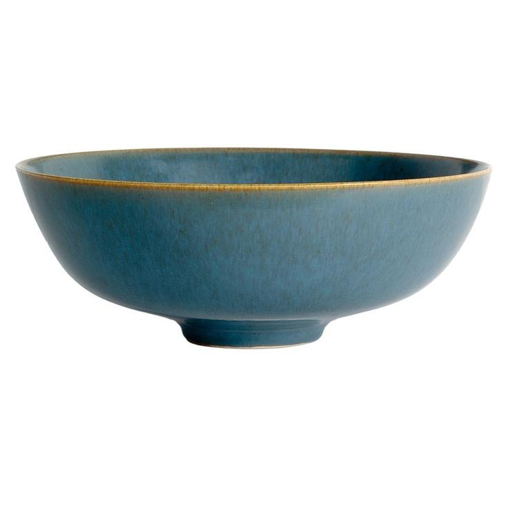 Denmark. Per Linnemann-Scmidt for Palshus hand-thrown ceramic bowl with blue haresful glaze. 20th century.