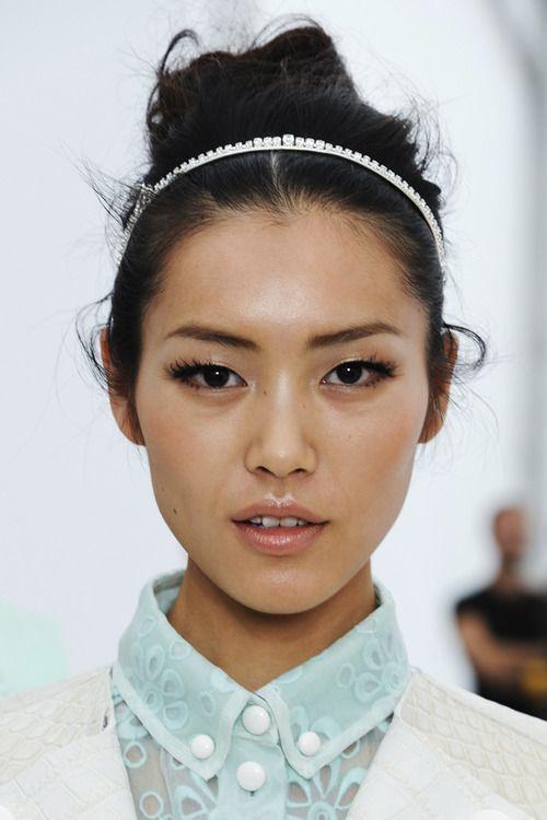 so fresh and so clean!  Liu Wen for Louis Vuitton Spring 2012