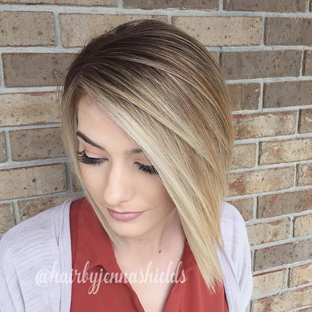 It was hard to get good lighting today on this gloomy day but I did baby lights and some balayage to brighten her up and add more blonde throughout but keeping a shadow root. I was obsessed with this today! She wears my work well ☺️✨ #hairstylist #schwarzkopf #igoraroyal #redken #shadeseq #flashlift #balayage #babylights #blonde #textured #bob #undercut #americansalon #btc #behindthechair #olaplex #allaboutdahair #colormelt #hairpainting #rooty #shadowroot #btcpics