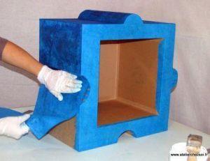 Décorer un meuble avec du papier