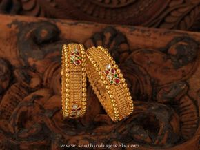 South Indian Antique Jewellery Bangle Collections, South Indian Antique Bangle Designs, South Indian Gold Antique Jewellery Designs.