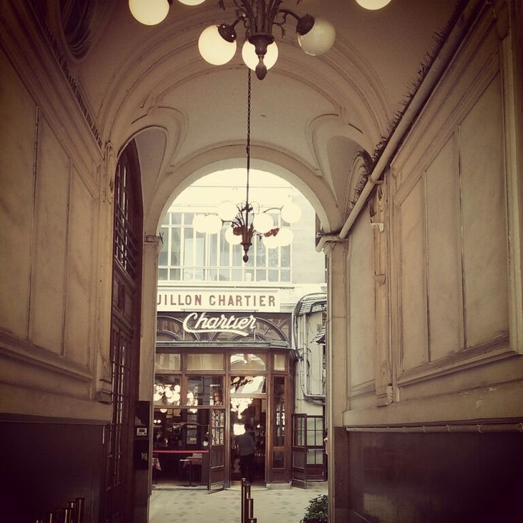 #Chartier is a famous #french #restaurant from the 20's! Nice place to go after a #2cv #tour!