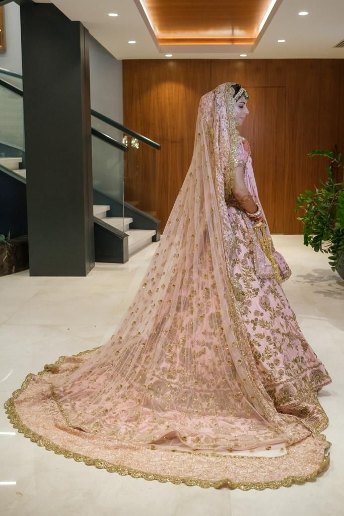 Exclusive Pictures Of The Most Expensive Antalya Wedding Of All Time Beautiful Bride Gorgeous Bride Wedding Expenses