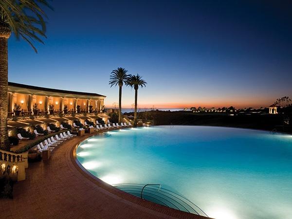 Отель «The Resort at Pelican Hill» ***** (Ньюпорт-Бич, Калифорния, США)  Подробности: +7 495 9332333, sale@inna.ru  Будьте с нами! Открывайте мир с нами! Путешествуйте с нами!