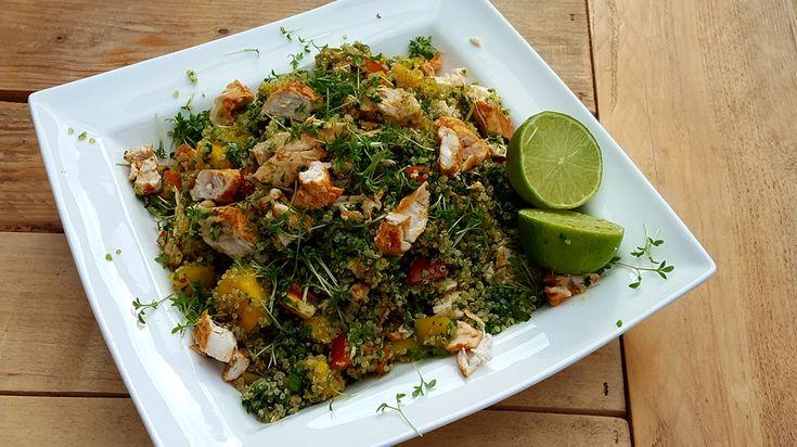 Wie van zijn nieren houdt, eet minder zout. Ook in de zomer. Deze quinoasalade met kip is een heerlijk zoutarm recept.
