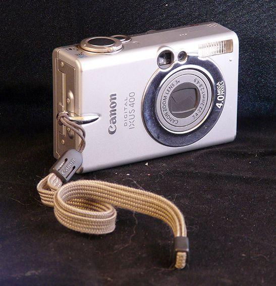Canon Ixus 400-4 megapixels - ideaal voor verzamelaars  Canon Ixus 400 4-megapixel resolutie in de oorspronkelijke zaak met handleidingen in het Spaans ideaal voor verzamelaars iconische design uit de jaren 2000. Het werkt maar de vervorming van een kleur heeft.  EUR 1.00  Meer informatie