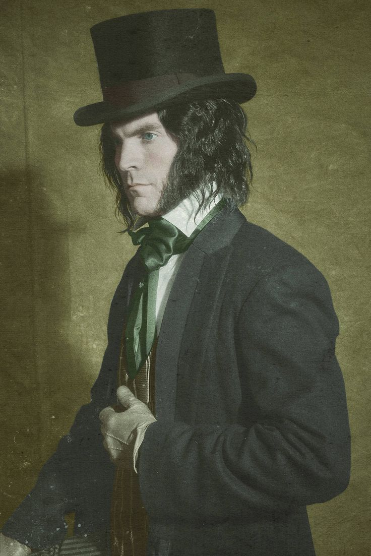 The Disturbing True Story of American Horror Story's New Character Edward Mordrake
