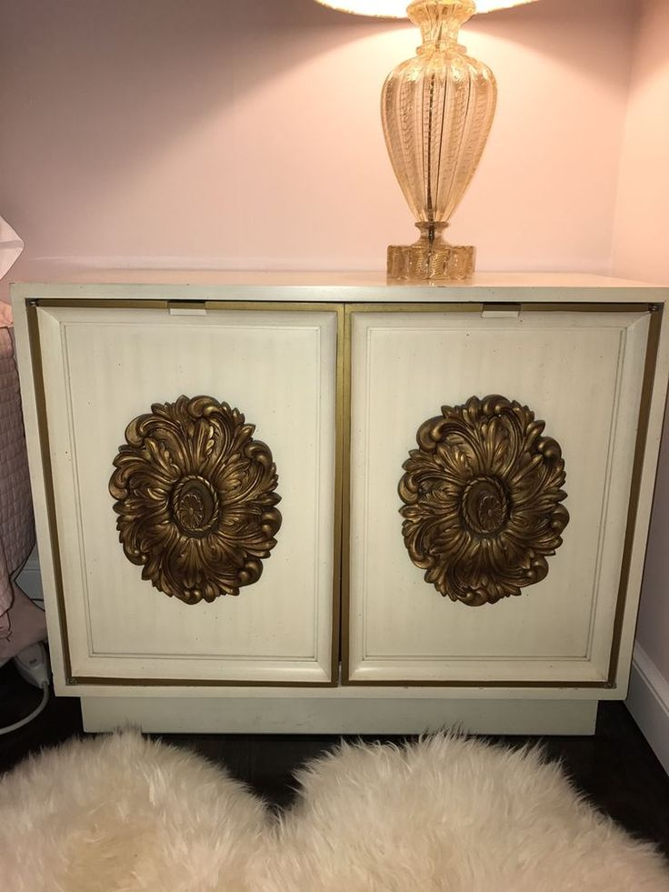 Pair Hollywood Regency Mod Vintage White & Gilt Gold Credenzas by Lane Furniture #HollywoodRegency #LaneFurniture