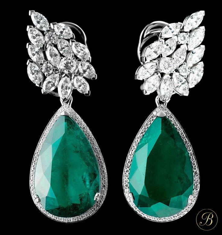 Pendiente esperaldas y diamantes by gayubo. www.joyeriasbriones.es