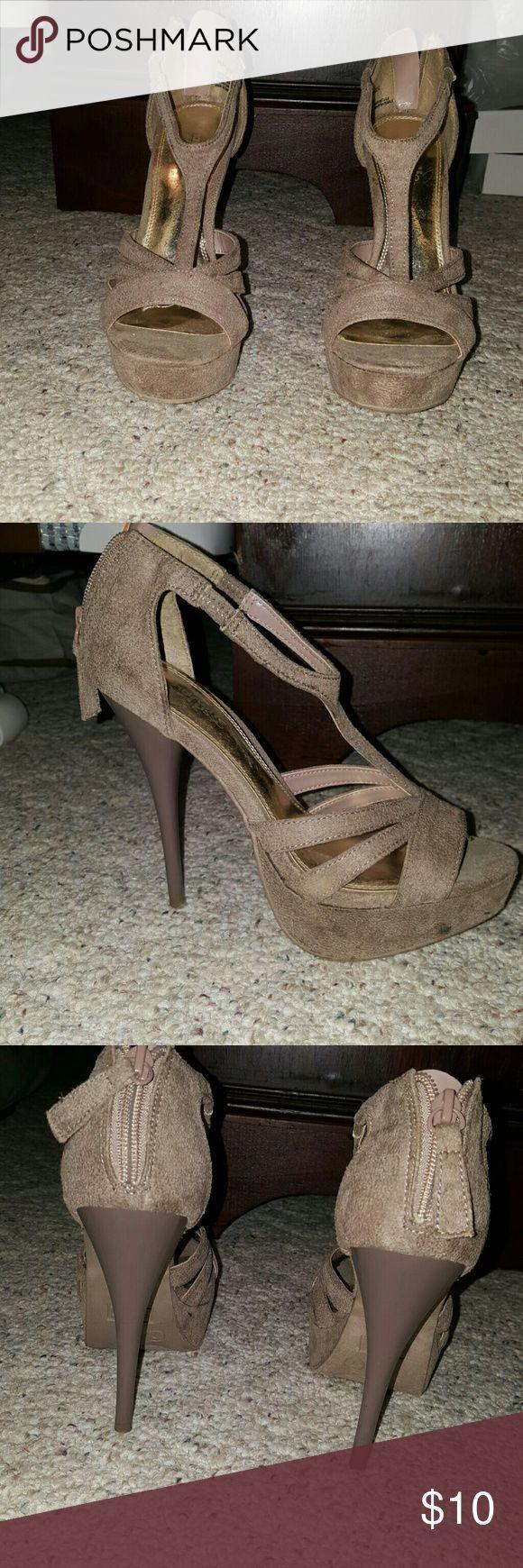 "Charlotte Russe beige strappy heels Beige strappy heels. Small zipper at heel. 5"" heel. 1"" platform. Charlotte Russe Shoes Heels"