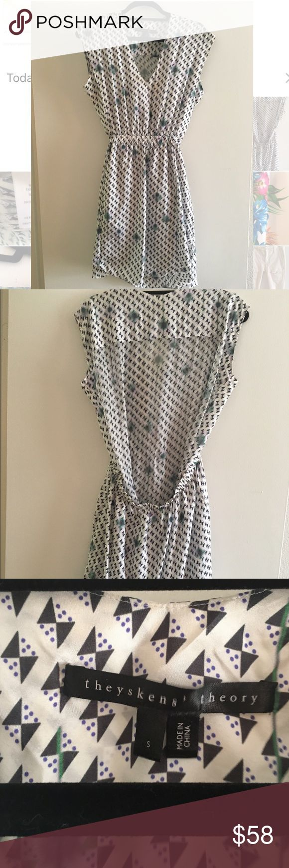 Theyskens Theory Printed Day Dress Theyskens theory silk day dress! So comfy and perfect for a day out and about. Small stain at v-neck but priced to cover dry cleaning charges. Size small but could fit up to medium! Theysken's Theory Dresses Mini