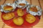 картофель в фольге в мультиварке