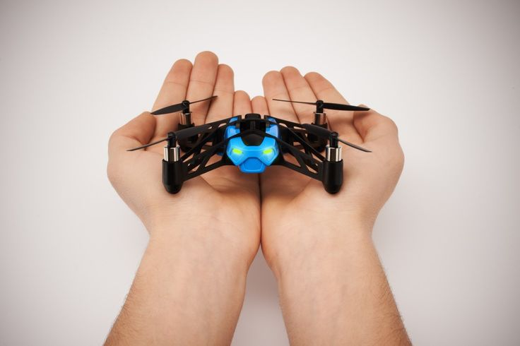 Parrot MiniDrone & Parrot Jumping Sumo