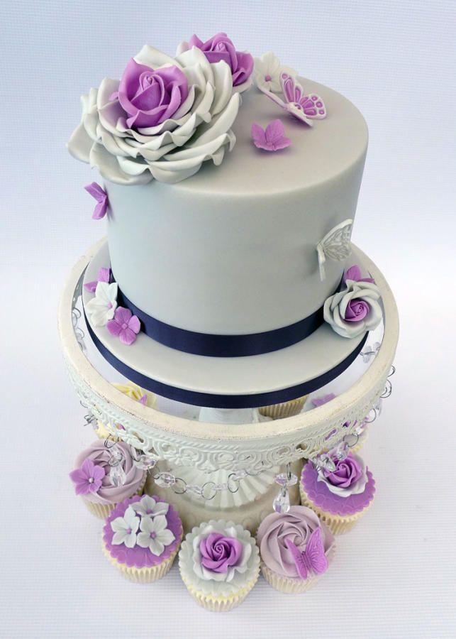 "6"" Sample Wedding Cake"" by Lorraine Yarnold - http://cakesdecor.com/cakes/272116-6-sample-wedding-cake"