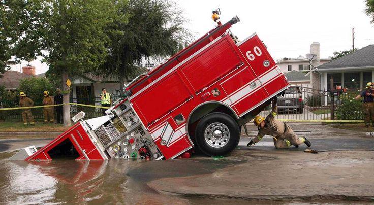 DOH! Striking sinkholes: Earth opens up- slideshow - slide - 9 - NBCNews.com