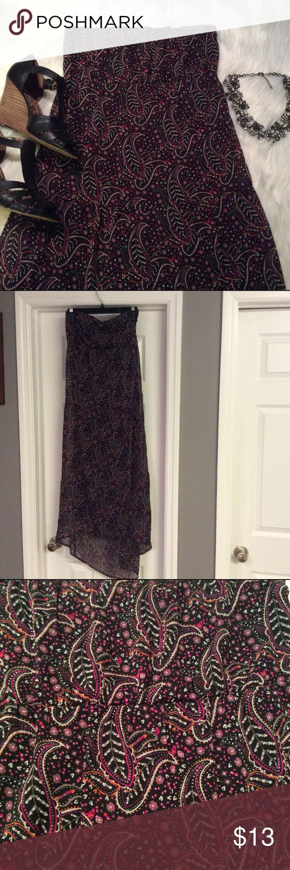 Old Navy Paisley Strapless Maxi Dress Worn once. Last pic is the same dress in a different print. Old Navy Dresses Strapless