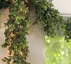 Outdoor Christmas Decorations & Outdoor Christmas Decor | Pottery Barn