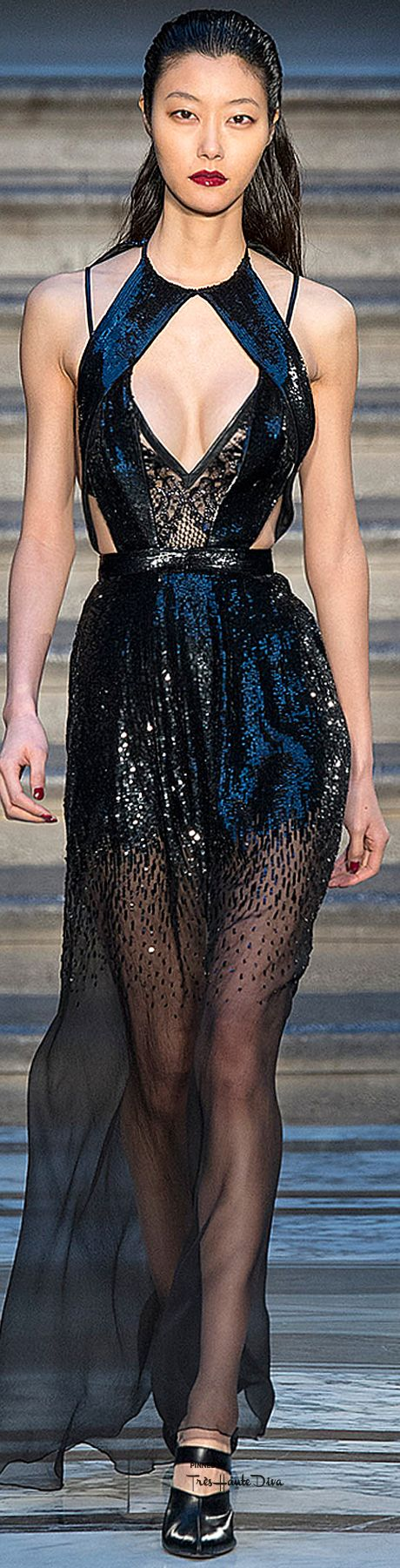#LFW Julien Macdonald Fall 2015 RTW  ♔THD♔