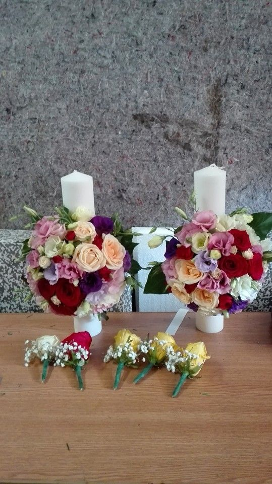 Trandafiri si lisianthus romanesc