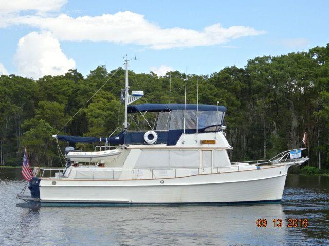 42 Grand Banks Trawler for Sale