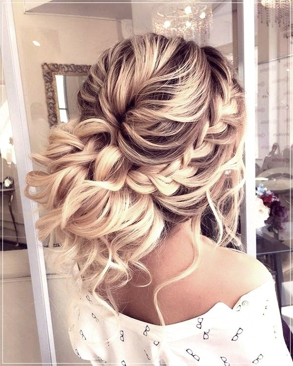 The Most Beautiful Hairstyles For Prom 2019 2020 Photos Ideas Trends Formal Hairstyles For Long Hair Long Hair Styles Braided Hairstyles