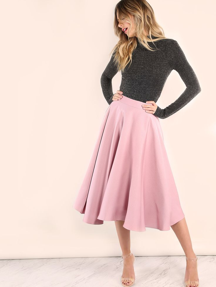 Look girly and oh so edgy with the Pink Band Waist Circle Skirt! Features a tulle lining for a voluminous body, pleated design and an elastic waistband. Pair with a backless turtleneck knit top and barely heels for a sweety and chic look! #pastel #MakeMeChic #style #fashion #newarrivals #fall16