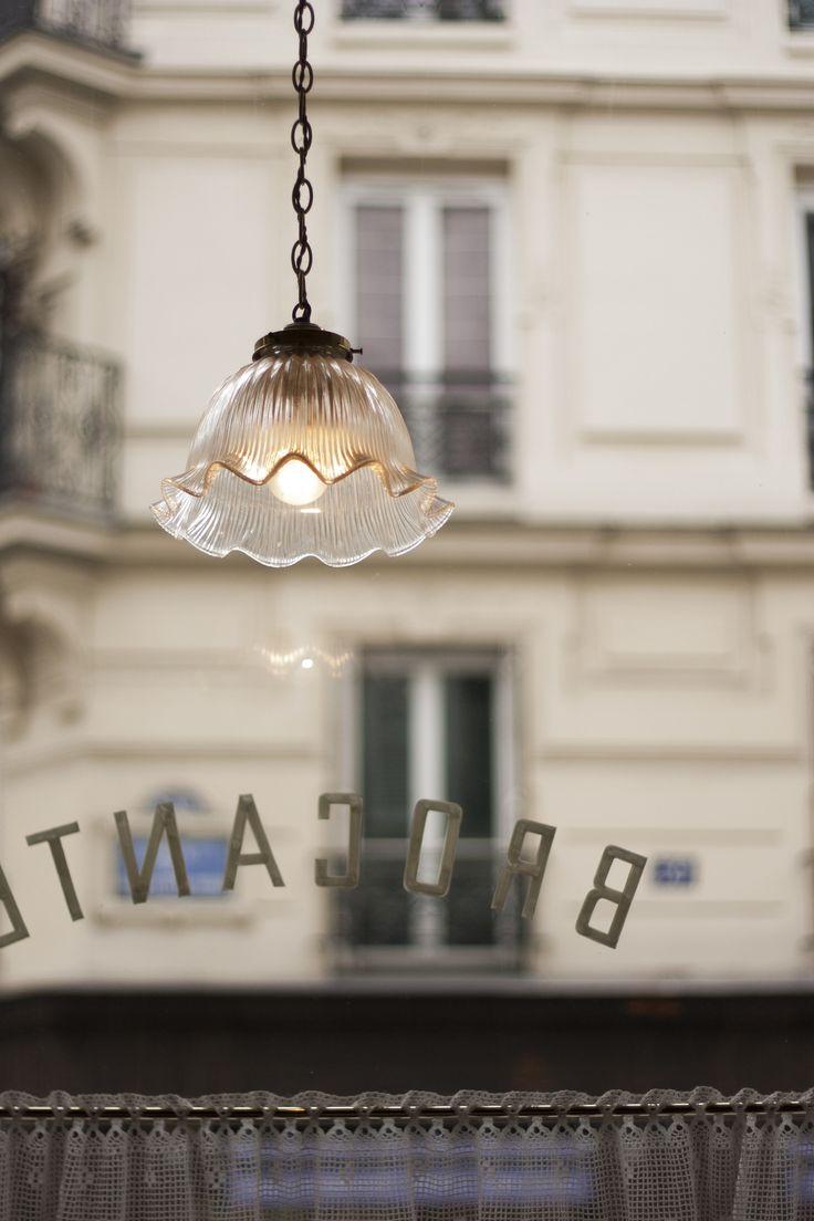 Mamie Gâteaux, Salon de thé-brocante, Paris