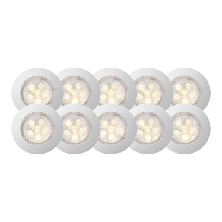 Ti utendørsgodkjente dekkslys som består av seks integrerte LED-dioder hver. Mellom hvert dekkslys er det 1,5m ledning. Leveres med transformator.