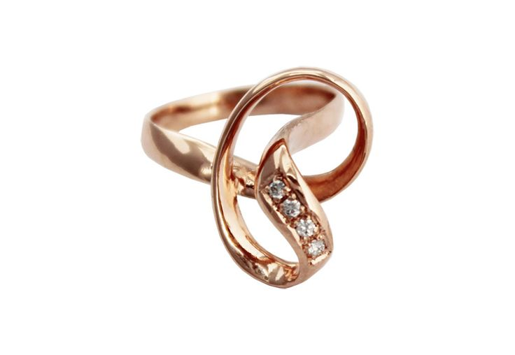 Rose gold knot ring set with diamonds.