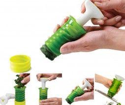 para conservar las hierbas aromáticas frescas en el congelador, después facilita su dispensación, las hierbas aromáticas se podrán cortar en rodajas, rallarse sobre el plato o la receta que se desee aromatizar... Se llama Herbsicle, es un gadget económico