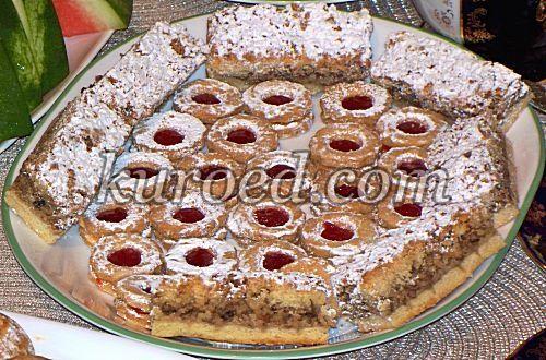 Белковое печенье с орехами и медом